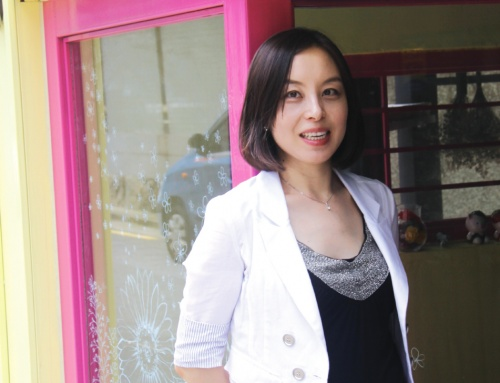 하늘을 날고 싶었던 그녀, 2010 행복을 품다 – 손보업무팀 김경아 사원
